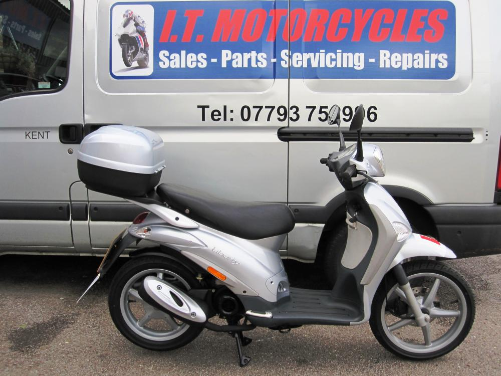 piaggio liberty 50 2t 2004 only 2895km! fantastic original